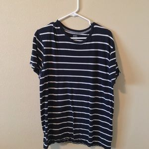 old navy striped tee shirt